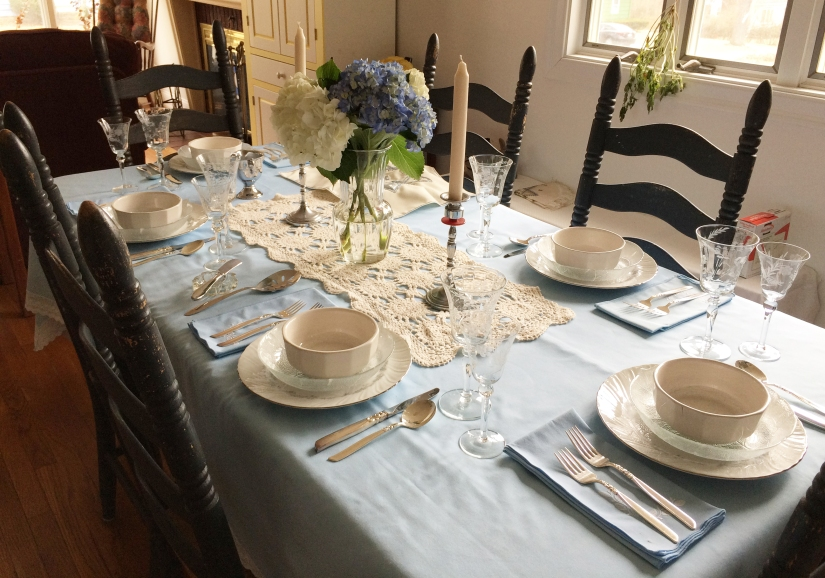 IMG_1190_Dee Passover Table.jpg
